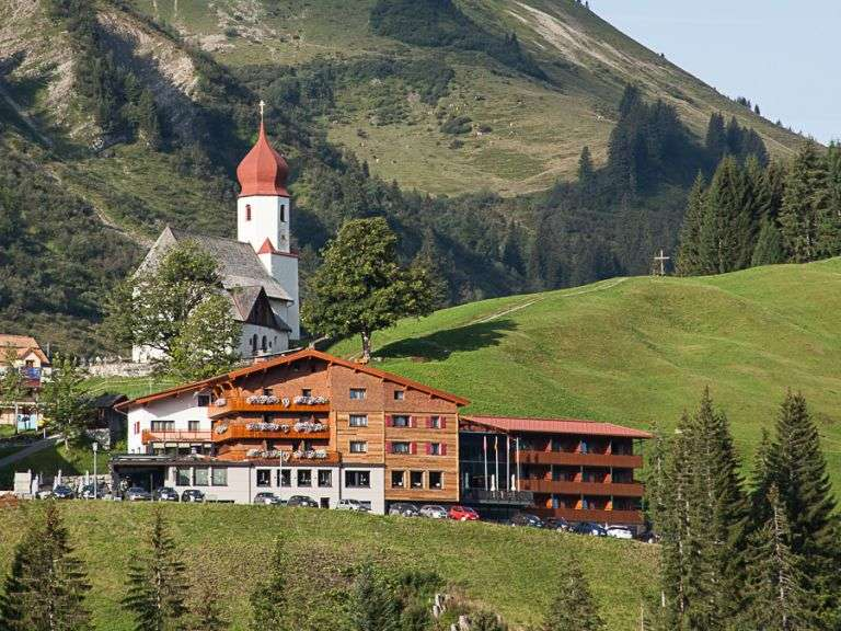 Alpenhotel Mittagspitze In Damuls Your Holiday Destination In
